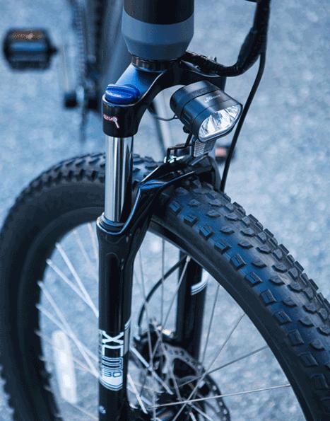 sr-suntour-xcm-suspension-fork-120mm-travel-.png