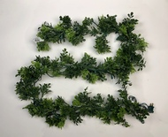 "72"" PE English Boxwood Garland With Clear Lights"