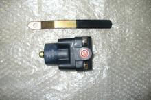 """BARKSDALE Plug Valve P/N 5341P1H03-Q10 Size: 9/16"""""""