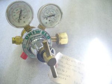 UNIWELD Compressed Gas Regulator (OXYGEN SERIES)