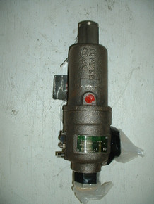 """KUNKLE VALVE,RELIEF,PRESSURE AND TEMPERATURE P/N 34W700 1/2SCR CAP 2901T3500PSI  Size: 3/4"""" x 1"""""""