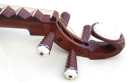 Concert Grade Sandalwood Pipa Instrument Chinese Lute With Accessories