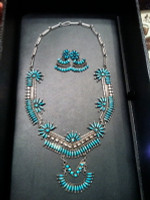 ZUNI TURQUOISE NEEDLEPOINT NECKLACE Les Holden