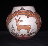 Pottery Zuni/Laguna Gladys Paquin Sratyu-we