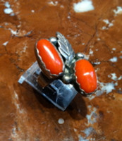 RINGS NAVAJO SILVER CORAL PAWN SOLD