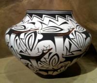 Pottery Zuni Deer With Heartline AA Peynetsa Anderson Peynetsa Avelia Peynetsa SOLD