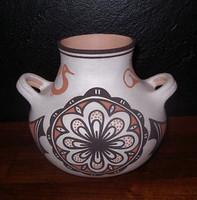 Pottery Zuni Eileen Yatsattie PZ3