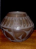 Pottery San Ildefonso Cynthia Starflower PSI2044