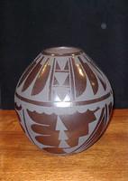 Pottery San Ildefonso Cynthia Starflower PSI193