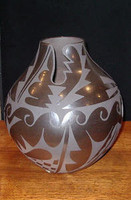 Pottery San Ildefonso Cynthia Starflower PSI192 SOLD