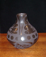 Pottery San Ildefonso Cynthia Starflower PSI190 SOLD
