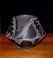 Pottery San Ildefonso Jeannie Mountain Flower Dunlap