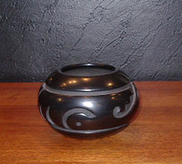 Pottery Santa Clara Linda Tafoya Oyenque