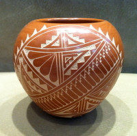 Pottery Jemez Incised Tan Red Carol Vigil