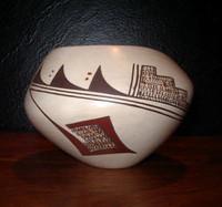 Pottery Hopi Marianne Navasie PH133