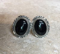 NAVAJO SILVER ONYX OVAL CUFF LINKS Denetdale