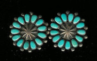 EARRINGS ZUNI TURQUOISE ROUND CLUSTER PAWN