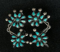 EARRINGS*ZUNI*TURQUOISE*CLUSTER*SCREWBACK*PAWN*