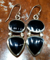 EARRINGS NAVAJO SILVER ONYX INLAY DANGLE