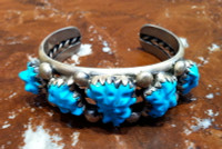 BRACELET NAVAJO SILVER CARVED TURQUOISE PAWN Dorothy Martinez