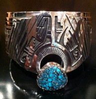 BRACELETS HOPI SILVER TURQUOISE WIDE CUFF Roy Talahaftewa SOLD