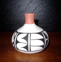 Pottery Isleta Eliz Olquin