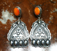 EARRINGS NAVAJO ORANGE SPINY OYSTER SHELL STAMPED SILVER REPOSE D