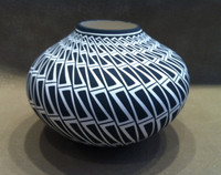 Pottery Acoma Black and White Geometric Pattern Design Paula Estevan_1 SOLD