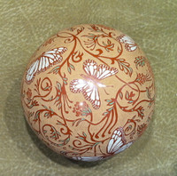 Pottery Santa Clara Scraffito Incised Butterfly Leaf Floral Oval Motif Rosemary Lonewolf Appleblossom_1 SOLD