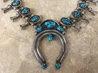 NAVAJO SHADOWBOX STYLE 22 KINGMAN TURQUOISE NUGGETS SQUASH BLOSSOM NECKLACE MATCHING SCREWBACK EARRINGS