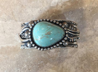 BRACELETS NAVAJO SILVER SINGLE STONE ASYMMETRICAL DOMED TURQUOISE JEANETTE DALE_2