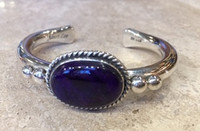 BRACELET NAVAJO RARE SUGILITE HORIZONTAL OVAL CENTER STONE 4 SILVER BEADS NARROW CUFF ALBERT LEE