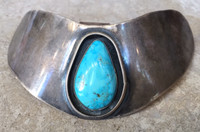 1970'S PAWN STERLING SILVER WIDE NECK CUFF SHADOWBOX NECKLACE SINGLE CABOCHON TEARDROP TURQUOISE