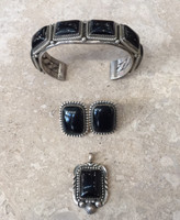 ONYX SETS RECTANGULAR BRACELET EARRINGS & PENDANT