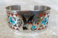 BRACELET ZUNI HUMMINGBIRD FLORAL DOGWOOD MOTIF MULTI-STONE INLAY DENNIS NANCY EDAAKIE SOLD