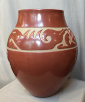 POTTERY SANTA CLARA LARGE RED AND TAN CARVED AVANYU LUANN TAFOYA