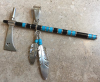 PENDANT NAVAJO TURQUOISE AND ONYX TOMAHAWK FEATHERS RAY TRACEY