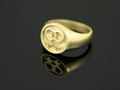 9ct Gold Female Circle Cignet Ring