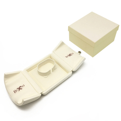 8206 Series Custom High Quality Nabuka Bangle Box