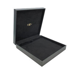 8518 High Quality China Suede and Leatherette Necklace Box