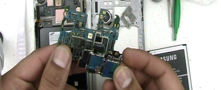 galaxy-s4-water-damage-repair-14.png