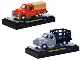 Detroit Cruiser 1952 Studebaker 2R, 2 Trucks Set WITH CASES 1/64 Diecast Models M2 Machines 32600-DC02C