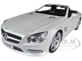 2012 Mercedes SL 500 Convertible Pearl White 1/18 Diecast Model Car Maisto 31196
