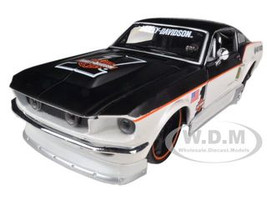 1967 Ford Mustang GT White #1 Harley Davidson 1/24 Diecast Model Car Maisto 32168
