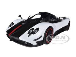 Pagani Zonda 5 Cinque White/Black 1/18 Diecast Car Model Motormax 79158