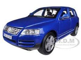 Volkswagen Touareg Blue 1/24 Diecast Model Car Bburago 22015