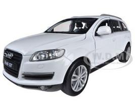 Audi Q7 White 1/24 Diecast Car Model Welly 22481