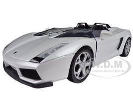 Lamborghini Concept S White 1/24 Diecast Car Model Motormax 73365