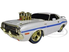 """''Chase Car"""" 1970 Dodge Challenger R/T 75th Mopar Anniversary White Limited to 100pc Worldwide 1/18 Diecast Model Car M2 Machines 91165-W"""