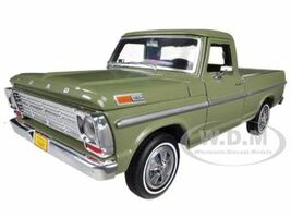 1969 Ford F-100 Pickup Truck Green 1/24 Diecast Car Model Motormax 79315